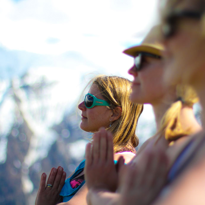 Yoga hiking retreat healthy food meditation french alps chamonix mont blanc relaxation spa